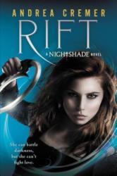 Andrea Cremer - Rift - Andrea Cremer (ISBN: 9780142424933)