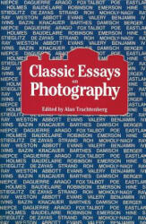 Classic Essays on Photography (ISBN: 9780918172082)