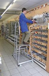 KRAUSE Gurítható szerelődobogó alumínium 4 lépcsőfokkal