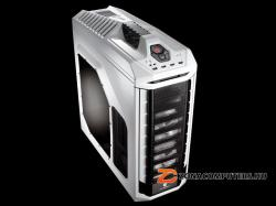 Cooler Master Storm Stryker (SGC-5000W-KWN1)