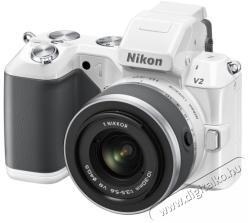 Nikon 1 V2 Zoom Kit + 10-30mm