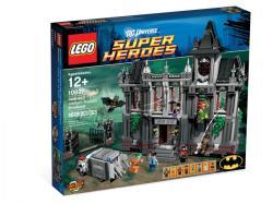 LEGO Super Heroes - Batman Arkham Asylum Breakout 10937