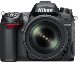 Nikon D7000 + 18-105mm VR (VBA290K001)