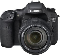 Canon EOS 7D + 15-85mm IS (AC3814B012AA)