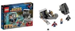 LEGO DC Universe Super Heroes - Superman Black Zero szökése (76009)
