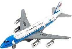 Turbo Jet utasszállító repülő (981)