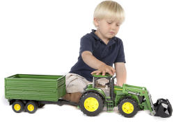 BRUDER John Deere 7930 traktor homlokrakodóval, pótkocsival (03055)