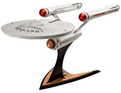 Revell Star Trek Enterprise NCC-1701 Captain James T Kirk 1/600 4880