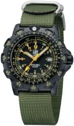 Luminox Racon Point Man A 8825