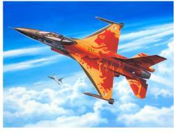 Revell F-16MLU Solo Display KLU 1/72  3980