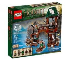 LEGO Hobbit - Támadás Tóvárosnál (79016)