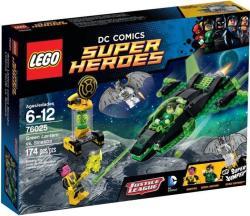 LEGO DC Comics Super Heroes - Zöld Lámpás Sinestro ellen (76025)