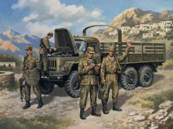 ICM ZiL-131 with Soviet Motorized Rifles 1/35 ICM35516