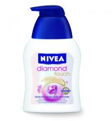 Nivea Diamond Touch folyékony szappan (250 ml)