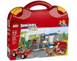 LEGO Juniors - Piros jármű bőrönd (10659)