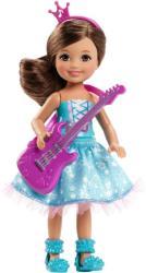 Mattel Barbie, a rocksztár hercegnő - Chelsea sztárcsemete baba lila gitárral (CKB70)