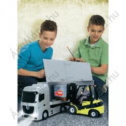 Dickie Toys Mercedes Benz Actros és Clark emelővillás targonca
