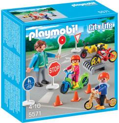 Playmobil Copii cu semne de circulatie (PM5571)