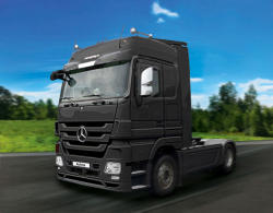 Revell Mercedes-Benz Actros MP3 (7425)