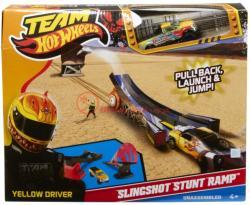 Mattel Hot Wheels kaszkadőr rámpa kilövővel