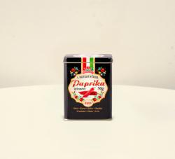CHILI-TRADE Édes Fűszerpaprika Fekete Fém Díszdobozban (50g)