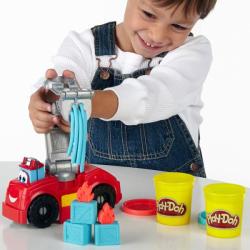 Hasbro Play-Doh - Chuck és Barátai: Boomer, a tűzoltóautó gyurmakészlet