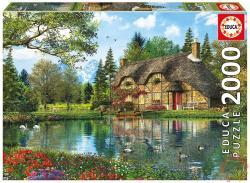 Educa Ház a tónál 2000 db-os (16774)
