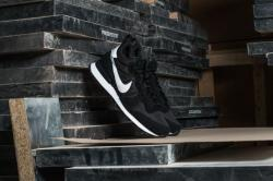 Nike Internationalist High QS (Man)