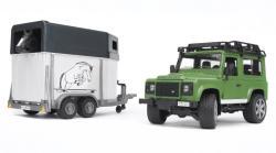 BRUDER Land Rover Defender cu remorca pentru cai (2592)
