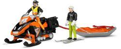 BRUDER Snowmobil cu sofer si sanie de salvare su schior (63100)