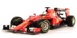 Bburago F1 Ferrari SF15-T Sebastian Vettel 1:18