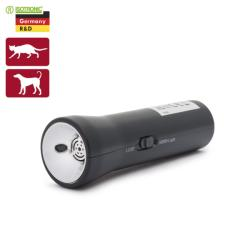 ISOTRONIC Elemes kutya- és macskariasztó, elemlámpa funkcióval (55654)