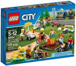 LEGO City - Móka a parkban figuracsomag (60134)
