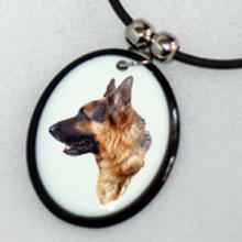 Bol-Dog. hu - Kerámia medál németjuhász képpel