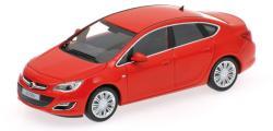 Minichamps Opel Astra 4-door 2012