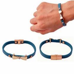 4dfb54986c Tervezz-ékszert. hu - Online ékszertervezés Kék bőr karkötő masni medállal