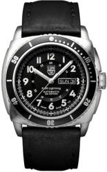 Luminox P-38 Lightning