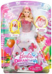 Mattel Dreamtopia - Eper - Világító és zenélő hercegnő (DYX28)