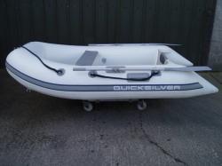 Quicksilver Barca pneumatica QUICKSILVER TENDY 240 cu podina gonflabila (AN. QS240ADWH18)
