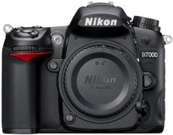 Nikon D7000 Body (VBA290AE)