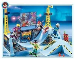 Playmobil Gördeszkapark félcsővel (4414)