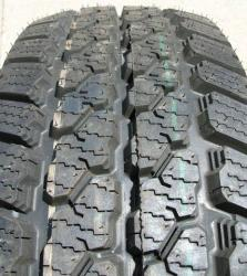Cooper Discoverer A/T 215/80 R15 102T