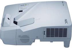 NEC UM352W