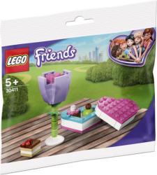 LEGO Friends - Csokoládés doboz és virág (30411)