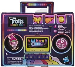 Hasbro Trollok a világ körül - Apró táncos barátok meglepetés szett (E84215L00)