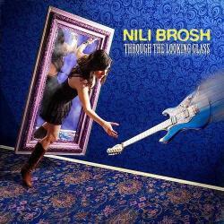 Brosh, Nili Through The Looking Glass - facethemusic - 6 690 Ft