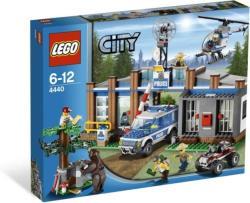 LEGO City Erdei rendőrkapitányság 4440