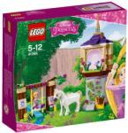 LEGO Disney Princess - Aranyhaj nagy napja (41065)