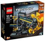 LEGO Technic - Lapátkerekes kotrógép (42055)
