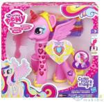 Hasbro Én kicsi Pónim: Varázslatos Barátság - Princesse Cadance (B1370)